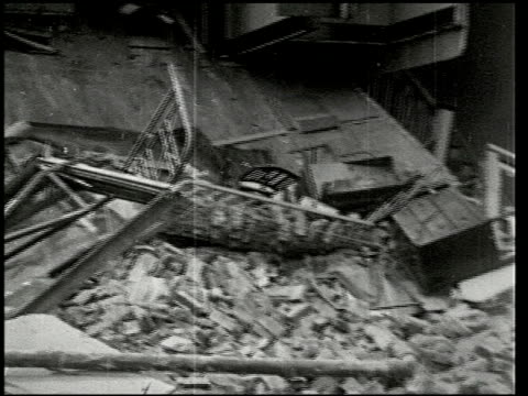the southern california earthquake - 7 of 16 - この撮影のクリップをもっと見る 2474点の映像素材/bロール