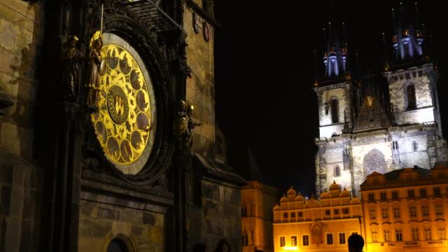 vidéos et rushes de the spanish synagogue in prague - prague