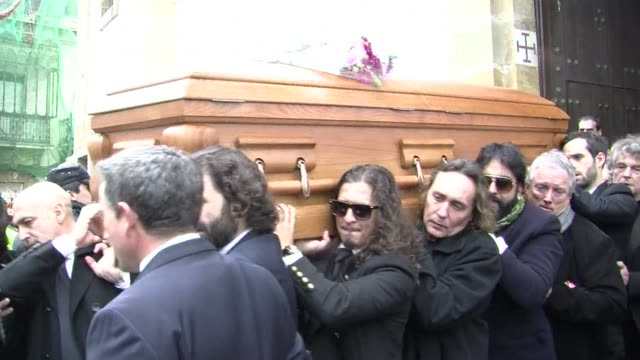 the spanish town of algeciras has held the funeral of paco de lucia, the spanish guitar virtuoso who brought flamenco to a world audience clean :... - paco de lucía stock videos & royalty-free footage