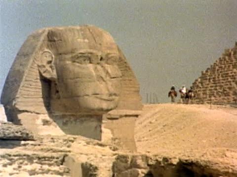 die sphynx - pyramide bauwerk stock-videos und b-roll-filmmaterial