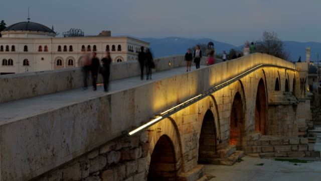 the stone bridge - ローマ皇帝点の映像素材/bロール