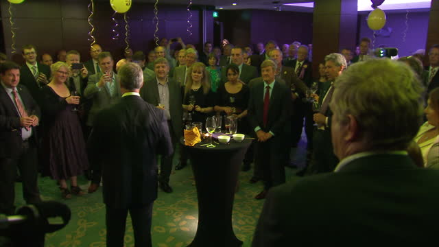 the success of ukip in the european election is the first time since 1906 that a party other than the conservatives or labour has come first in the... - 英国独立党点の映像素材/bロール