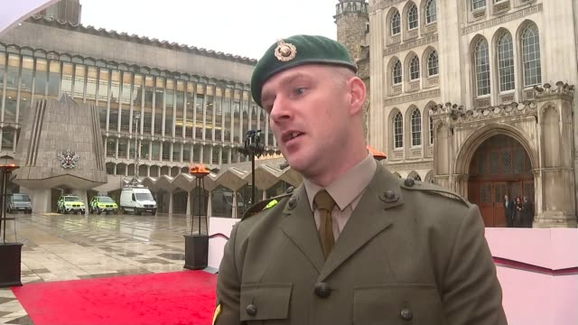 'the sun military awards ceremony 2016'; england: london: guildhall: ext lance corporal john pritchard interviews sot/ int rod stewart and his wife... - rod stewart stock-videos und b-roll-filmmaterial