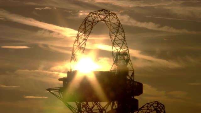 The sun passes behind the Mittal Orbit Tower in the London 2012 Olympic Park Timelapse Paralympic Mittal Orbit Sunset at Olympic Park on September 01...