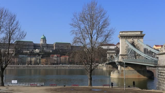 the szecheni lanchid suspension bridge ( chain bridge ), over the river danube between buda & pest cities, budapest city, hungary. - eastern european culture stock videos & royalty-free footage