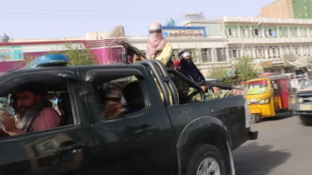 vidéos et rushes de the taliban forces on thursday, sept. 9, took strict security measures in herat province to prevent any unauthorized demonstration, as part of the... - professional occupation