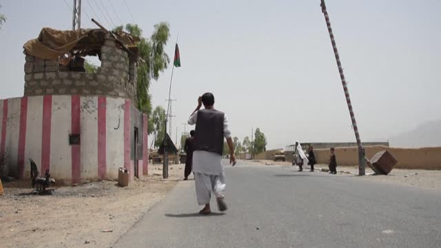 the taliban have captured a key district in their former bastion of kandahar after fierce nighttime fighting with afghan government forces, sending... - escaping stock videos & royalty-free footage