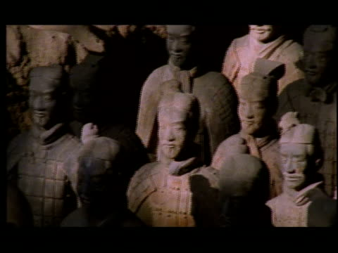 the terracotta warriors demonstrate ancient chinese art. - pottery stock videos & royalty-free footage