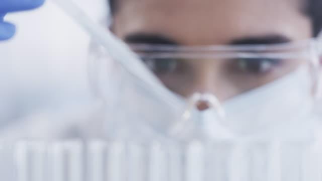 vidéos et rushes de les tests ne mentent jamais - tube à essai