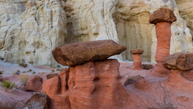 the toadstools of grand staircase-escalante national monument - grand staircase escalante national monument stock-videos und b-roll-filmmaterial
