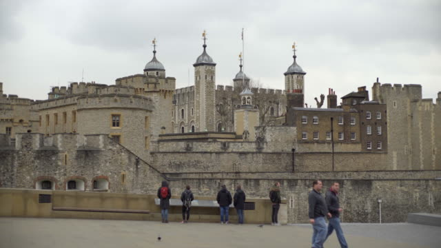 the tower of london - tower of london stock videos & royalty-free footage