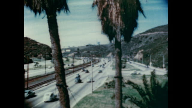 1947 the traffic, highways and driving routes of los angeles - 1940~1949年点の映像素材/bロール