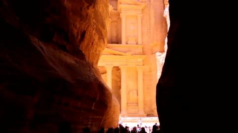 stockvideo's en b-roll-footage met de oude stad van petra, jordanië - unesco world heritage site