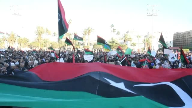 stockvideo's en b-roll-footage met the tripoli based government of national accord urges the un security council to stop strongman khalifa haftar's push to take the capital while... - libië