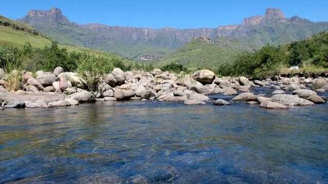 The Tugela river flows below the Amphitheatre