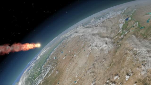 vídeos de stock, filmes e b-roll de the tunguska impactor in the final moments of its descent through earths atmosphere - estratosfera