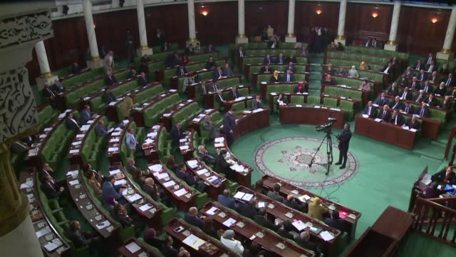 vídeos de stock e filmes b-roll de the tunisian parliament opens a plenary session before an uncertain vote of confidence on the government proposed three months ago by prime minister... - tunísia