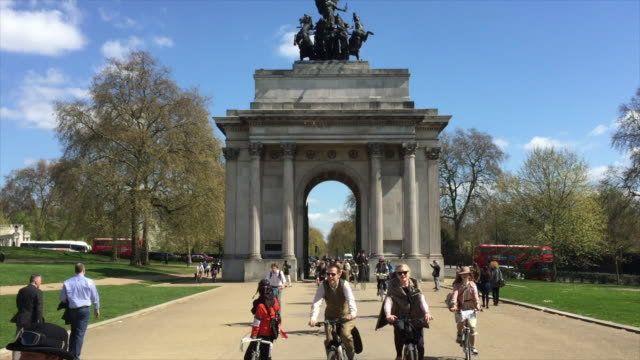 the tweed run, passing through london on a glorious spring morning. - attending stock videos & royalty-free footage