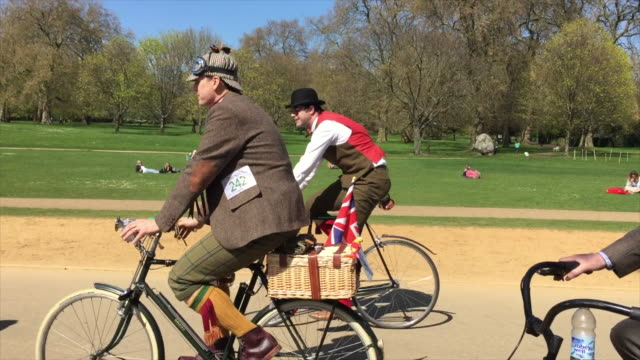 the tweed run, passing through london on a glorious spring morning. - participant stock videos & royalty-free footage
