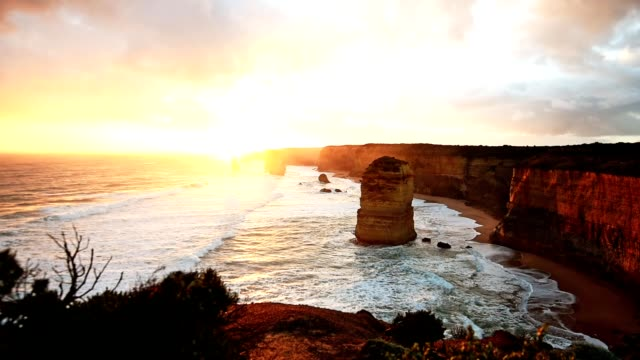 the twelve apostles in australia - great ocean road stock videos & royalty-free footage