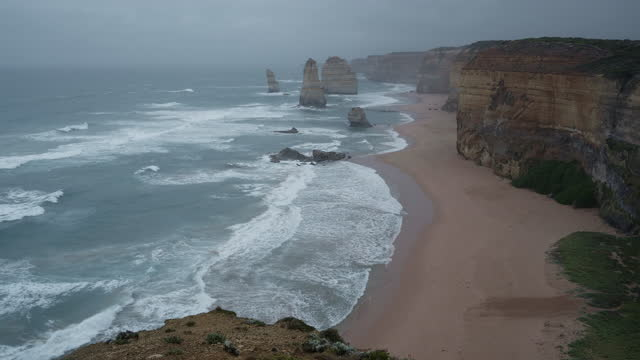 the twelve apostles - port campbell national park stock videos & royalty-free footage
