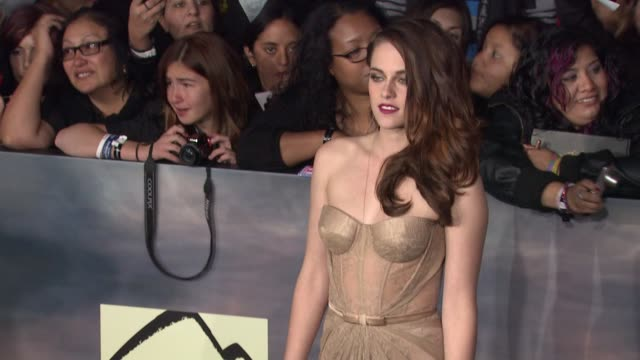 The Twilight Saga Breaking Dawn Part Two Los Angeles Premiere Los Angeles CA United States 11/12/12