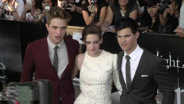 the twilight saga: eclipse premiere, los angeles, ca, 06/24/10 - twilight stock videos & royalty-free footage