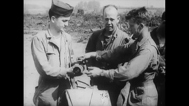 the united kingdom, circa june 6, 1944: airborne infantry in camp two days before the invasion of normandy. the lifestyle of the soldiers and final... - infantry stock videos & royalty-free footage