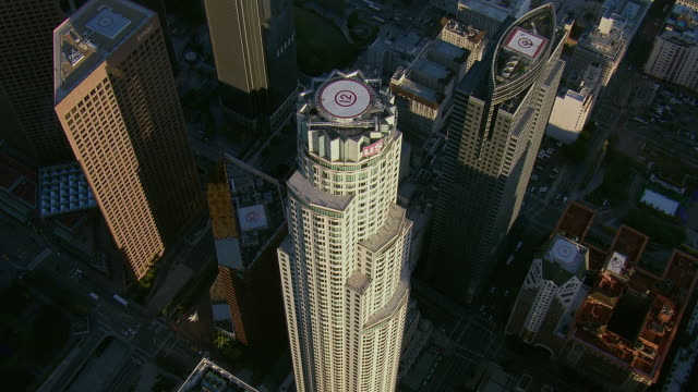 the us bank tower in downtown la - us bank tower stock videos & royalty-free footage