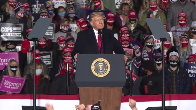 """the u.s. president donald trump addressed hundreds of his supporters at a """"make america great again"""" campaign rally at the erie international airport... - dancing stock videos & royalty-free footage"""