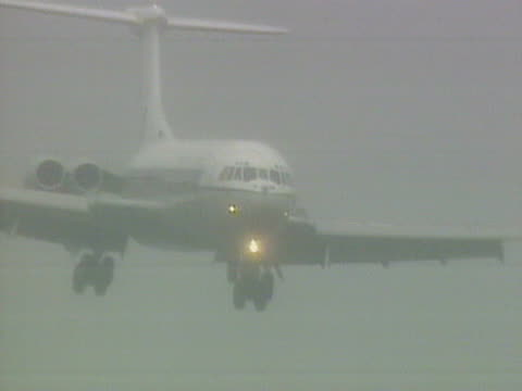 The VC10 aircraft carrying Terry Waite comes in to land at RAF Lyneham November 1991