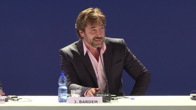 the venice film festival continues with a presentation of loving pablo from spanish director fernando leon de aranoa which reunites stars javier... - javier bardem stock videos and b-roll footage