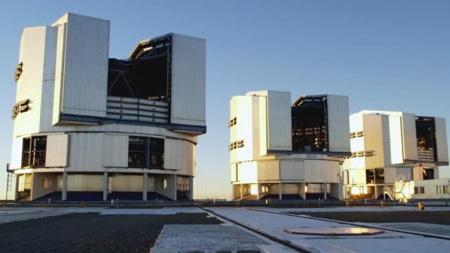 the very large telescope array is the flagship facility for european groundbased astronomy at the beginning of the third millennium it is the world's... - four objects stock videos & royalty-free footage
