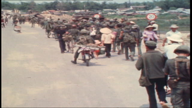 the vietnam collection 2 tx vietnamese troops on highway one returning to da nang after abandoning road between tam ky and da nanag / last tanks out... - south vietnam stock videos & royalty-free footage
