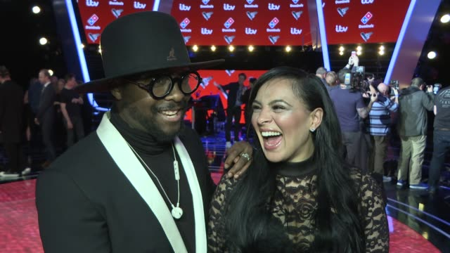 the voice uk interviews with coaches & finalists 2017; england: london: int will.i.am and michelle john interview sot / jennifer hudson talking to... - jennifer hudson stock videos & royalty-free footage