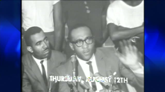 stockvideo's en b-roll-footage met ktla the watts riots in los angeles on august 11 1965 - 1965