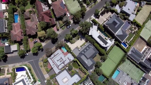 vídeos de stock, filmes e b-roll de the wealthy suburb of toorak, melbourne australia. - david ewing