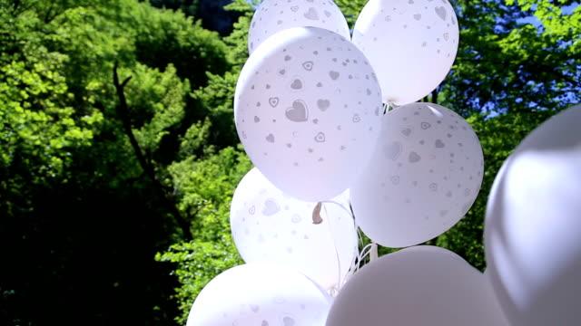 The wedding ballons