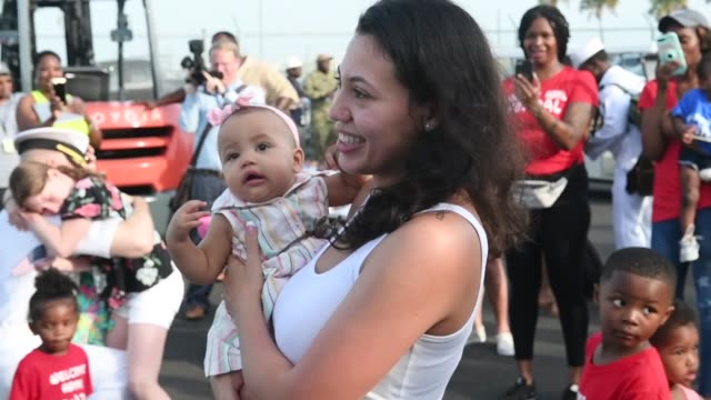 the whidbey islandclass amphibious dock landing ship uss fort mchenry arrives at naval station mayport florida after completing a scheduled... - whidbey island点の映像素材/bロール