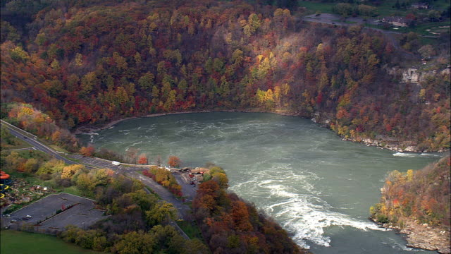 ジェットバス - 空中写真 - オンタリオ州、カナダ - ナイアガラ滝点の映像素材/bロール