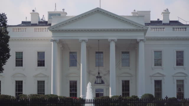 vídeos de stock, filmes e b-roll de the white house - front 4k - 2016