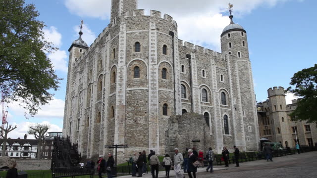 the white tower, tower of london - tower of london stock videos & royalty-free footage