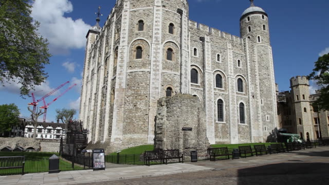 the white tower, tower of london - tower of london stock videos and b-roll footage