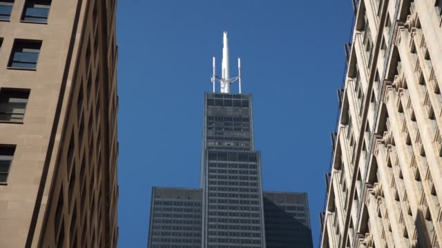 the willis tower in chicago, il on sunday september 24, 2017. photographer: christopher dilts - shots: wide shot of willis tower viewed from low... - willis tower stock videos & royalty-free footage