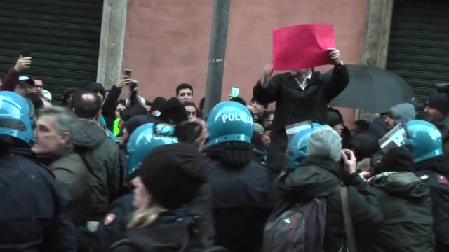 the workers of the rental with driver return to mobiliate and protest in front of palazzo madama where the decree law on simplifications is being... - new hire stock videos & royalty-free footage