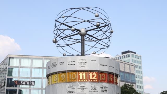 the world clock stands at alexanderplatz during the novel coronavirus pandemic on august 07, 2020 in berlin. coronavirus infection rates are climbing... - alexanderplatz stock videos & royalty-free footage