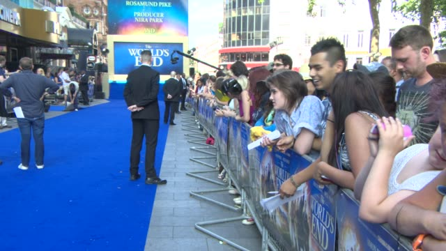 the world's end' world premiere at e at empire leicester square on july 10, 2013 in london, england - the world's end stock videos & royalty-free footage