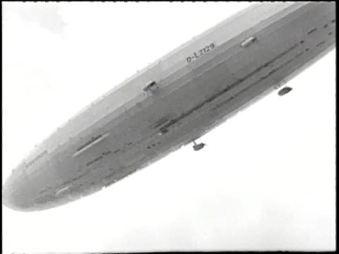 The zeppelin flies over head
