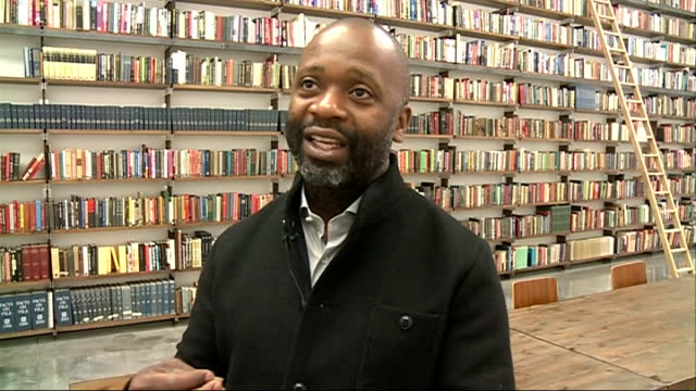 vídeos de stock, filmes e b-roll de theaster gates exhibition at white cube; theaster gates interview sot - re: make-up /african american-owned publication that realised that the... - publicação