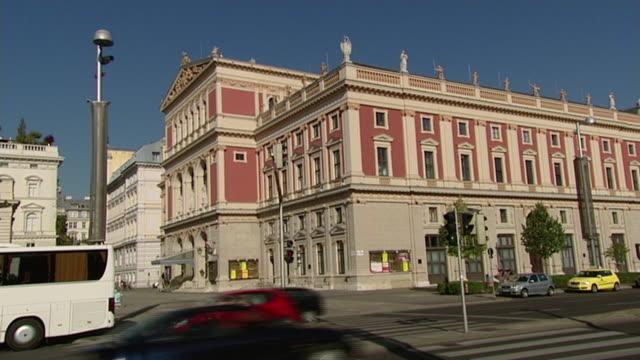 theater und opernhäuser wiens - wiener musikverein side view - vienna stock videos and b-roll footage